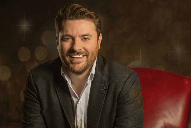 New Album : It Must Be Christmas – Chris Young